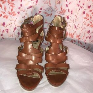 G by Guess GG Hazzel Brown Heels Pumps Sandals 8.5